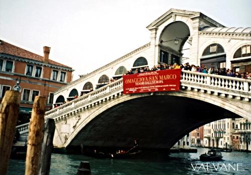イタリア、ヴェネツィアのリアルト橋