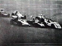 4輪車レース