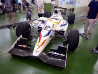 学校のレーシングカー