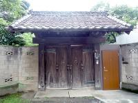 川口宿本陣跡の門