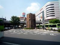 川口駅東口ロータリー