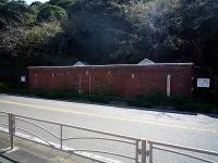 16号線沿いの煉瓦建造物