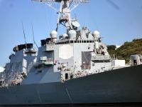 イージス艦の証である八角形のレーダー