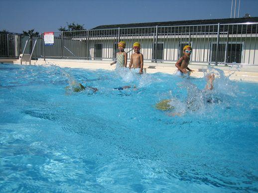 学校プール