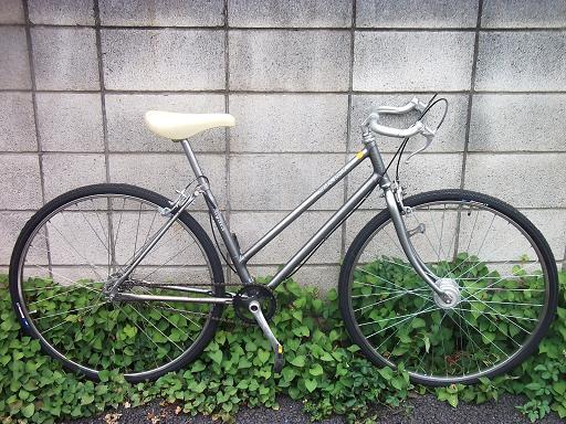 自転車の 自転車 都内 : 毎度お馴染みの、実用車の軽量 ...