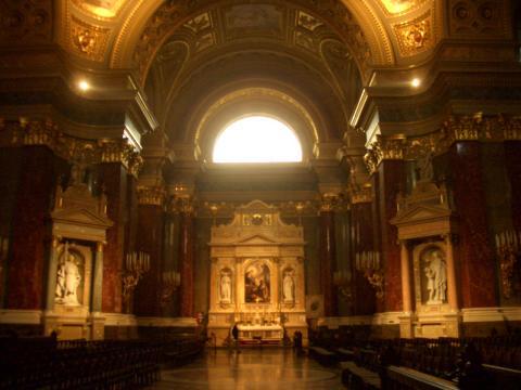 大理石教会。