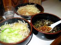 つけ麺(あっさり)・チャーシュー1枚抜き・野菜(別皿)