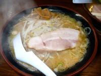 味噌(鶏スープ・細麺)