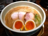 鶏白湯鯛ダシ麺・大盛・味付玉子