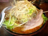 味噌・中(2辛)・野菜・味玉