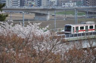 2011年4月10日 東急東横線 新丸子~多摩川 5050系