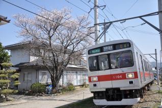 2011年4月18日 上田電鉄別所線 中塩田~塩田町 1000系1004F