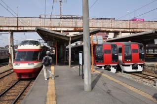 2011年5月4日 長野電鉄長野線 須坂 1000系S2編成・2100系E1編成・E2編成