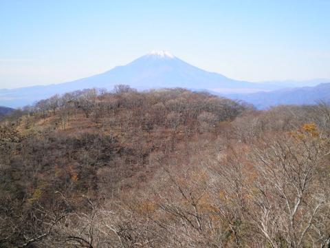 鍋割山と富士125
