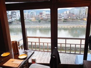 93鴨川の風景
