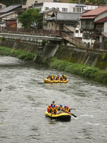 大手橋付近・木曽川にて