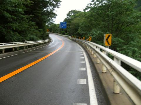 現代の難所・国道19号笹沢付近
