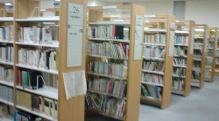 大阪市立中央図書館8