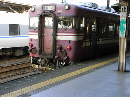 富山発 ローカル電車
