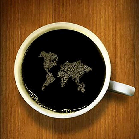 コーヒーに浮かぶ世界地図