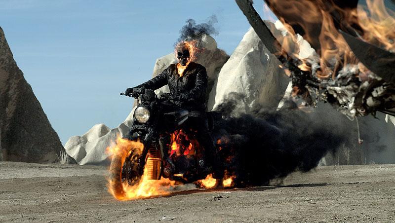 ghost-rider-2--Mark_Neveldine-Brian_Taylor-1.jpg