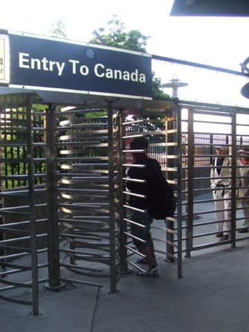 国境ゲート
