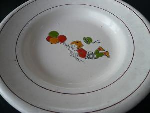 風船少女のホーロー皿