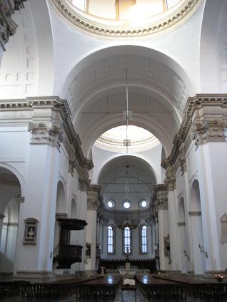 パドヴァ大聖堂内部