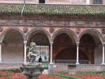 パヴィア修道院小回廊