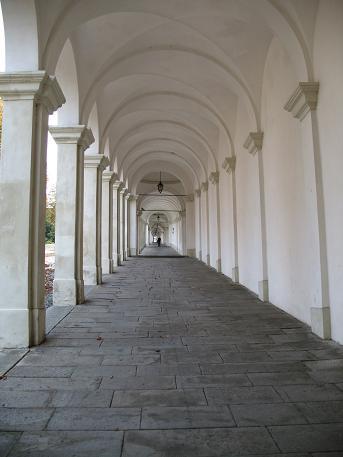 ヴィチェンツァ駅上の教会3