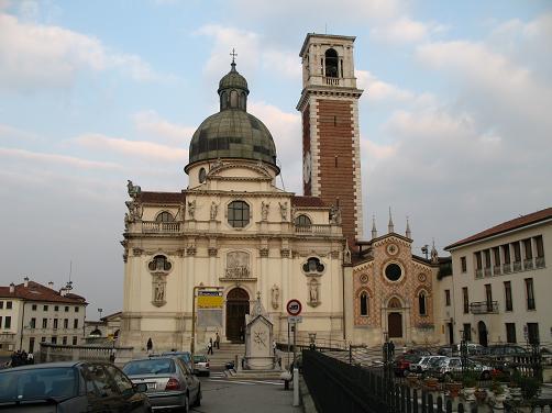 ヴィチェンツァ駅上の教会6