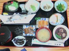 千坊館(ヤマメ定食)