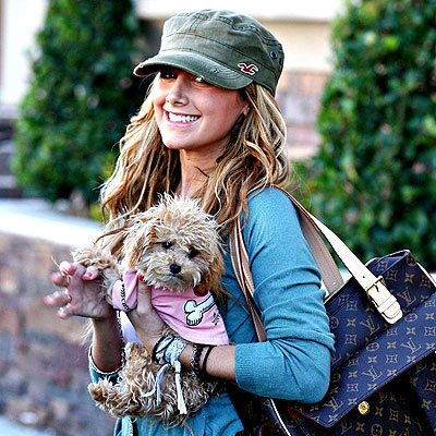 ashley_tisdale33.jpg