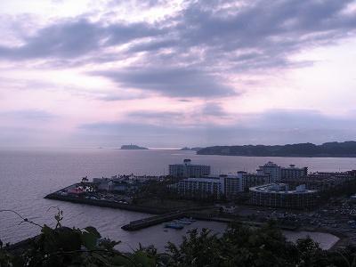 大崎公園より海を望む