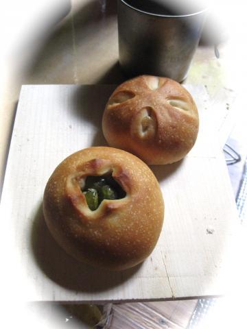 豆パン828