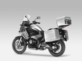 honda-crosstourer-concept-2.jpg