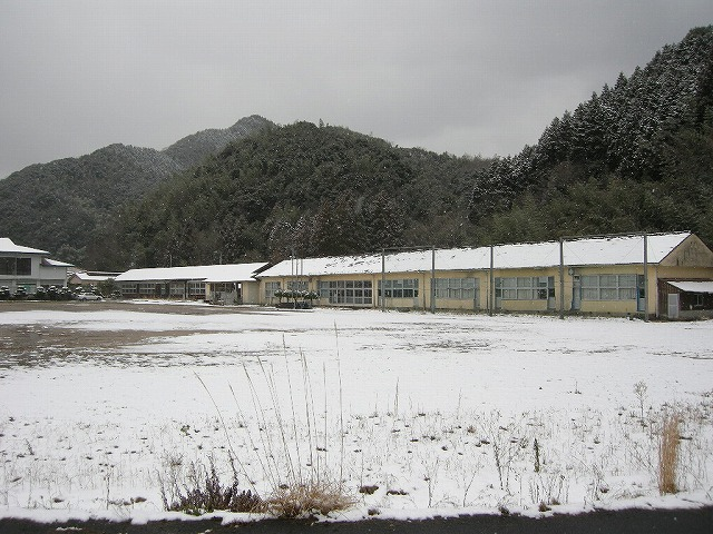 弥富中学校校舎0802い