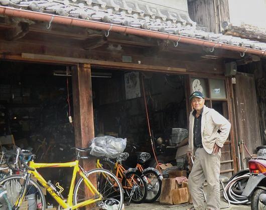 自転車屋のおやじさん