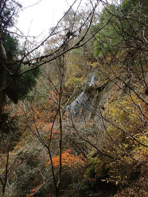 鍋足山の滝2004120901
