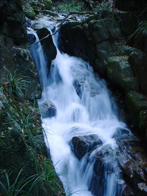河鹿沢の滝2004120404