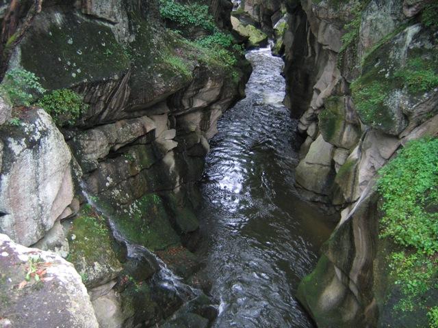 磊々峡2006003