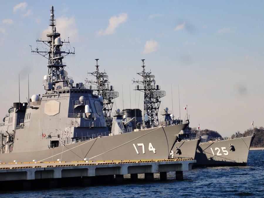 横須賀護衛艦02