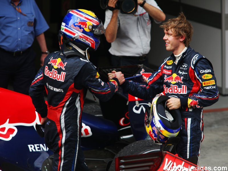 Chinese-GP-Mark-Webber-and-Sebastian-Vettel_2586708.jpg