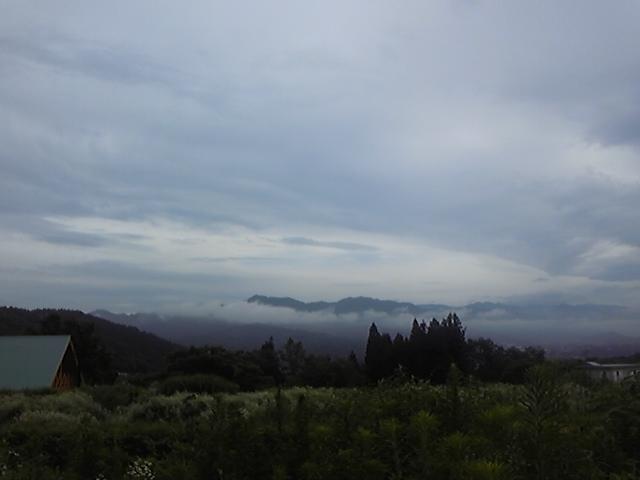 アルプスは雲隠れ