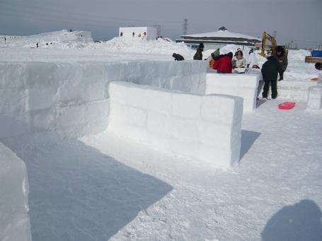 1月27日雪玉タイムターゲット雪壁