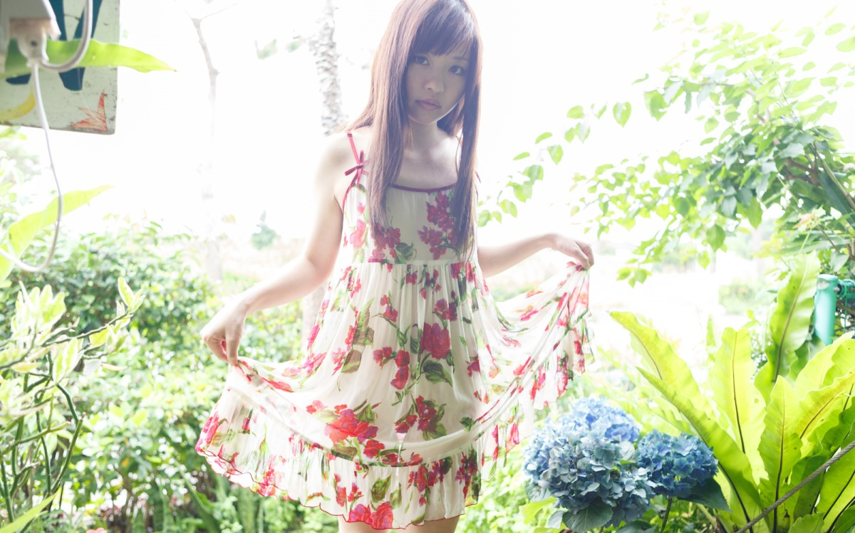 【No.10582】 綺麗なお姉さん / 葉山めい