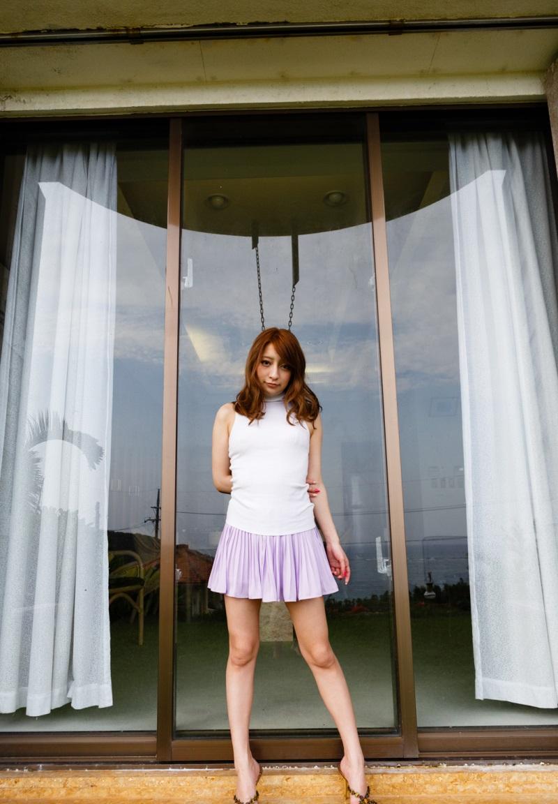 【No.10861】 綺麗なお姉さん / 白石マリエ