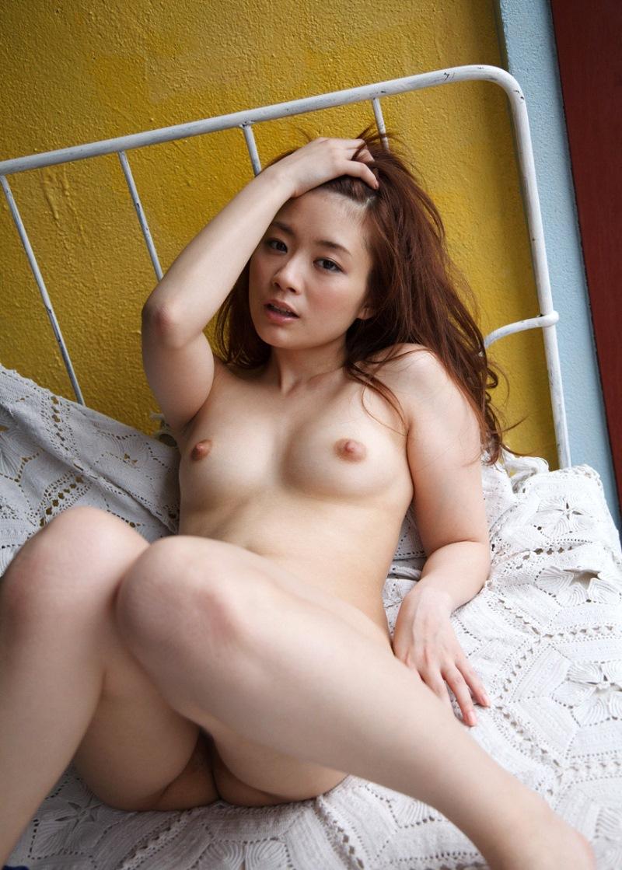 【No.9823】 オールヌード / 秋元まゆ花