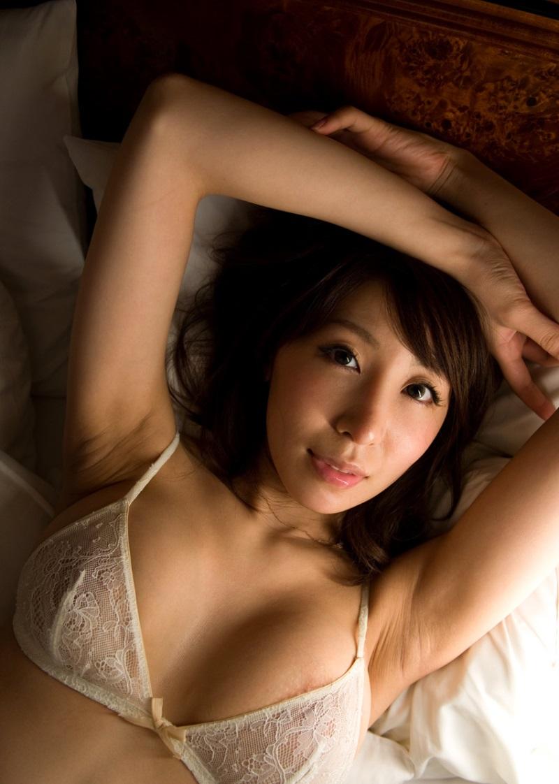 【No.9913】 綺麗なお姉さん / 知花メイサ
