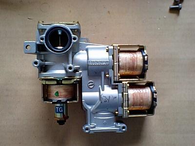 ガス瞬間湯沸器の電磁弁比例弁単体